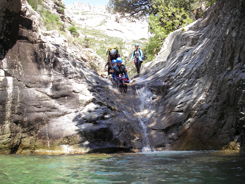 canyoning famille corse